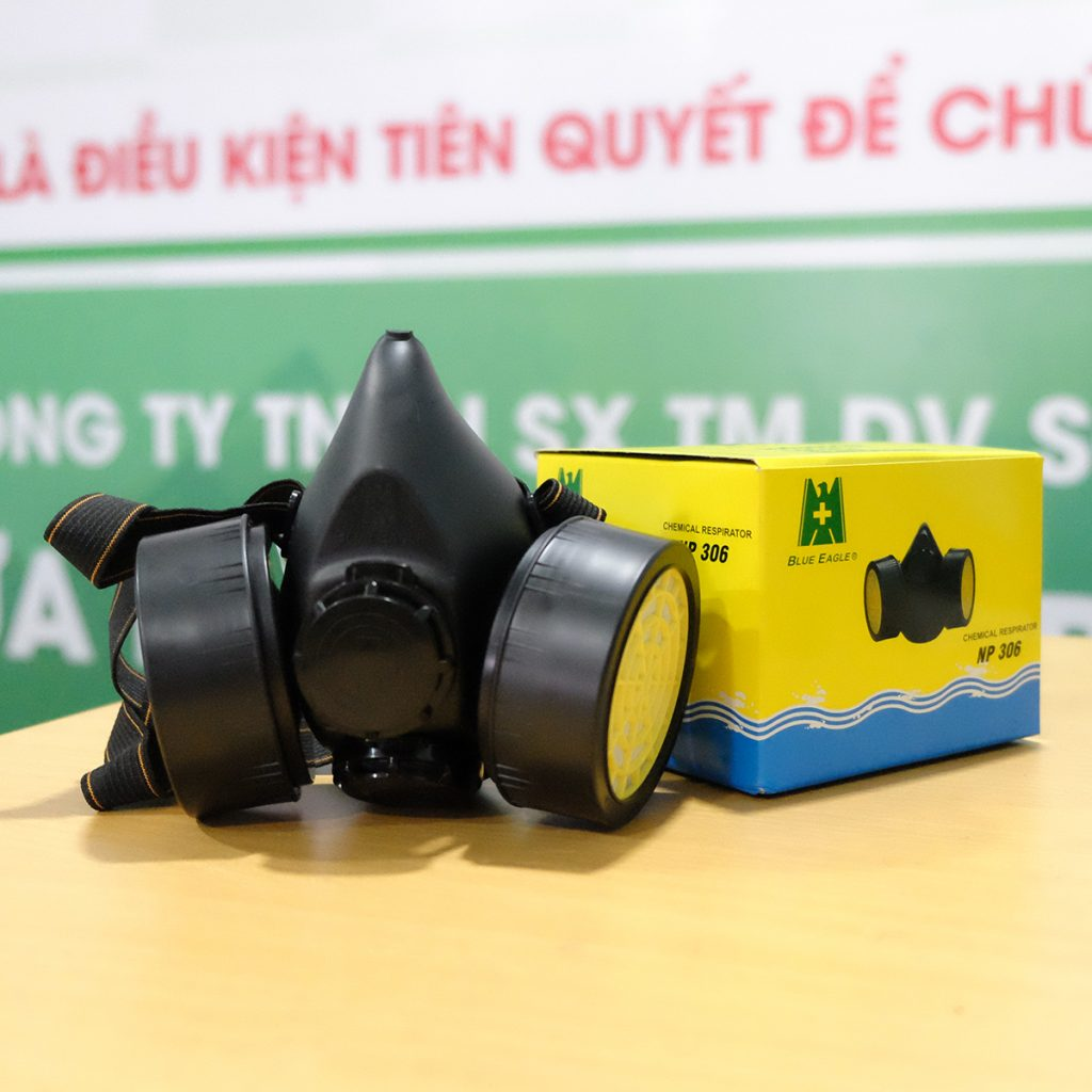 mat-na-phong-doc-dai-loan-2-phin-np306
