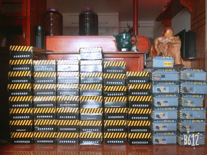 Cửa hàng giày bảo hộ tại Nha Trang