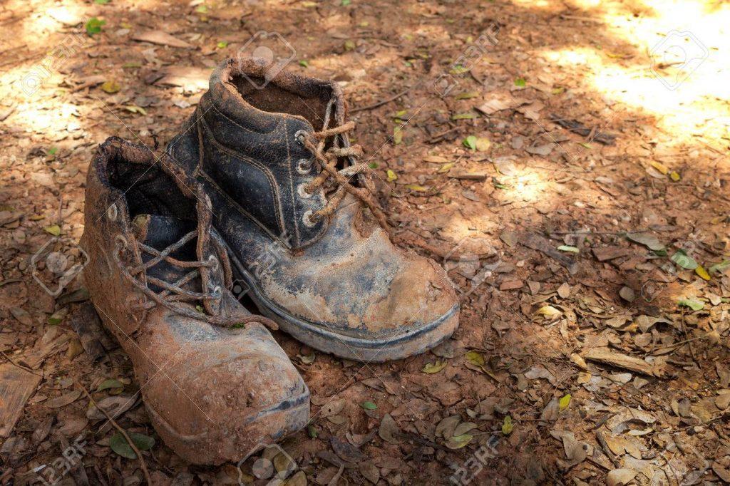 giày bảo hộ cũ