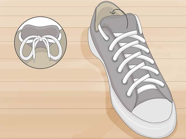 Cách giấu dây giày (1)