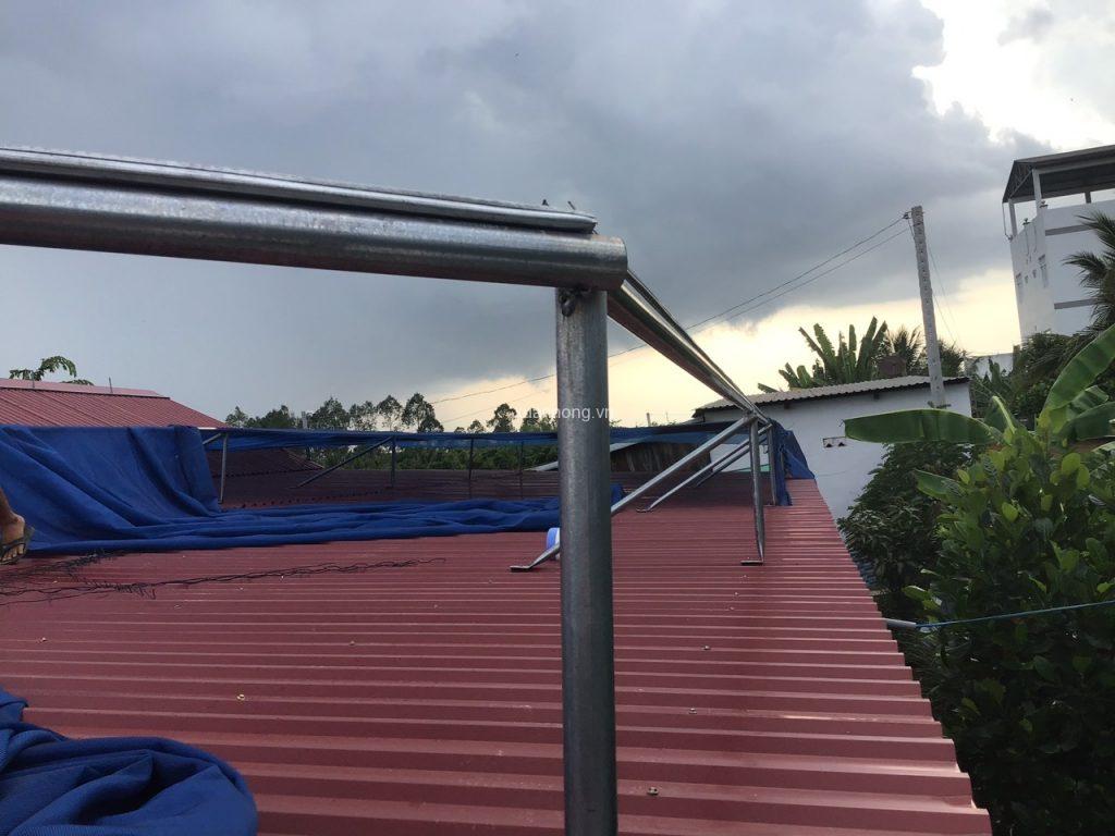 lưới che nắng mái tôn 01
