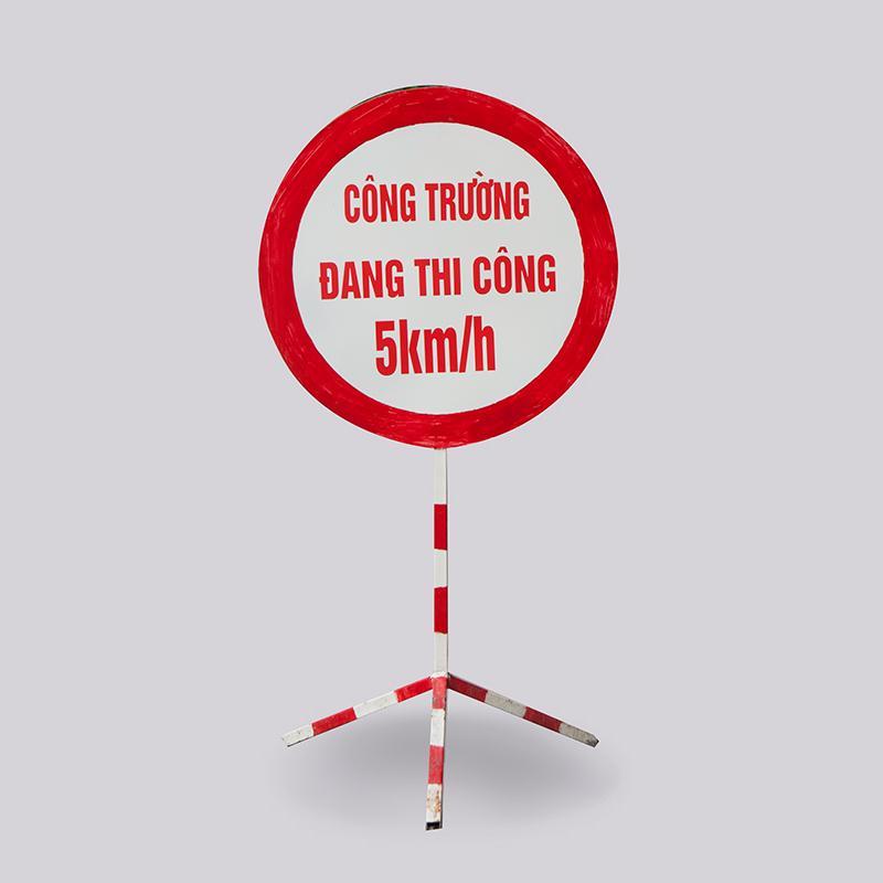 Biển cảnh báo nguy hiểm hình tròn Việt Nam